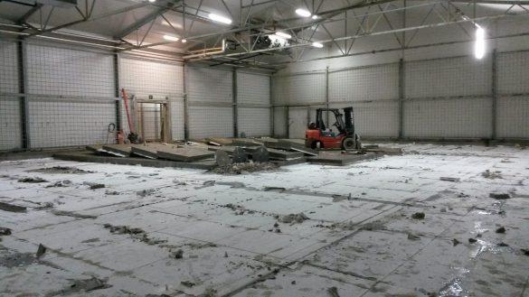 Lattiasahaus korjausrakentamisessa